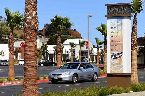 Marin Gateway Center new signage-Robert Tong/Marin Independent Journal